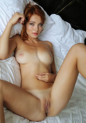 Nude Redhead Babes and Hot Naked Girls