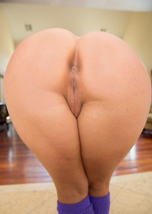 Big ass naked women
