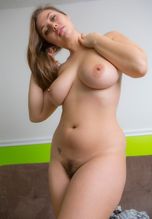 Pictures of sexy thick naked girls something