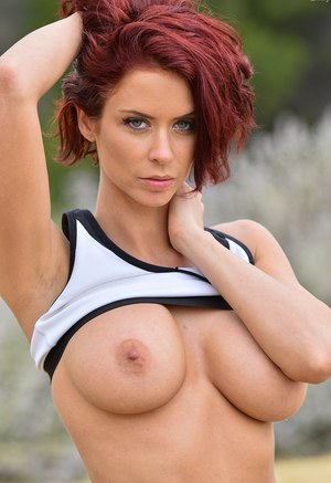 Has come sexy redhead with perfect body naked