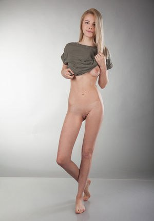 Skinny nude pictures