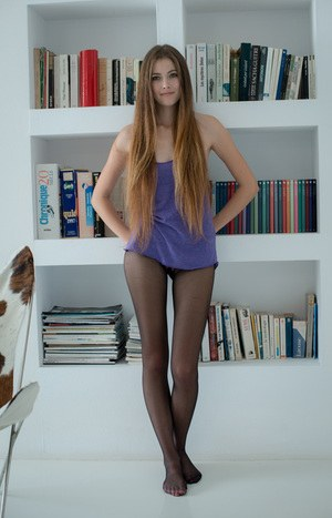 hot chics in pantyhose